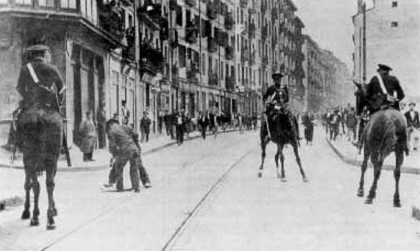 Revolución de octubre de 1934. Despliegue de los guardias de asalto en Bilbao