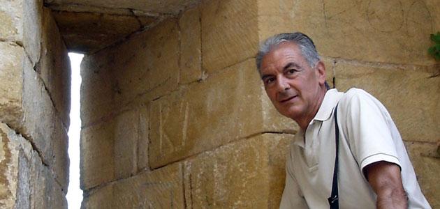 Iñaki Martinez de Luna. Sociolingüista: Es hora de establecer cuotas lingüísticas para el euskera