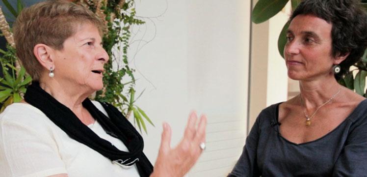 Teresa del Valle y Jone Miren Hernandez. Antropólogas: Todavía nos falta mucha conciencia ciudadana